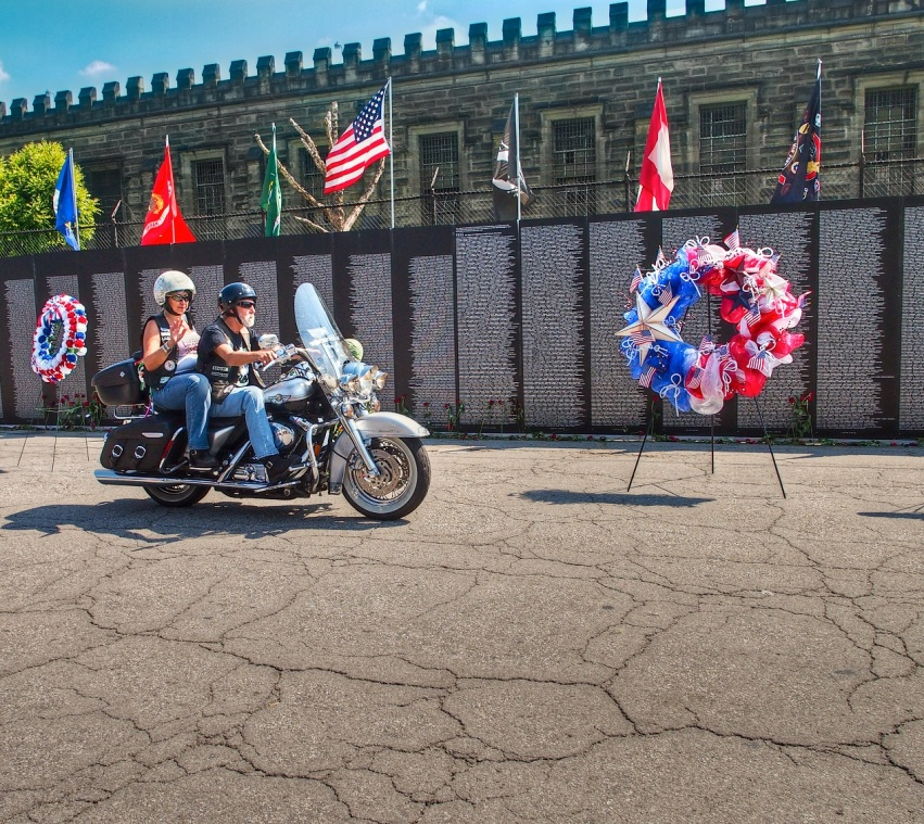 Traveling Vietnam Memorial Copyright 2012 Daniel D. Teoli Jr mr