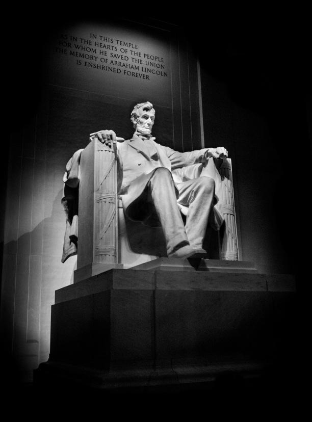 Washington Monument copyright 2014 Daniel D. Teoli Jr. mr