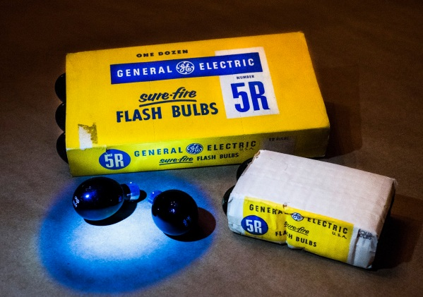 GE 5R Infrared Flashbulbs Daniel D. Teoli Jr. mr