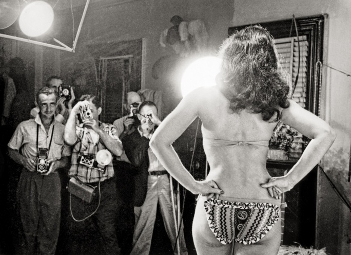 Weegee - Betty Page m