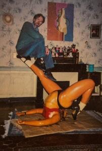 Robert Crumb with Devil Girl scale model