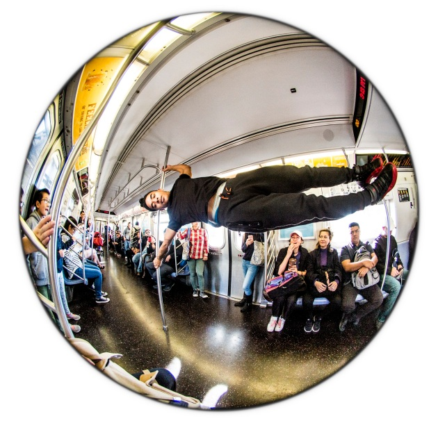 busker-subway-nyc-2016-daniel-d-teoli-jr-m