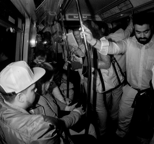 yawner-nyc-subway-infrared-flash-daniel-d-teoli-jr