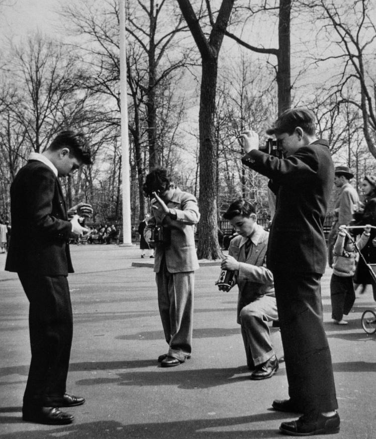 1951-ny-photo-by-sam-falk-m