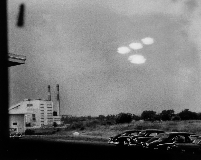 ufos-july-16-1952-salem-ma-s-r-alpert-u-s-coast-guard-m
